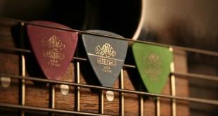 زنگ آموزشگاه موسیقی پیک گیتار