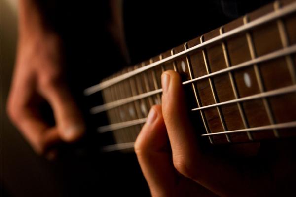 دانلود فیلم آموزش موسیقی گیتار