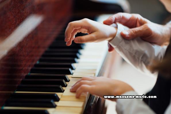 مراحل آموزش پیانو
