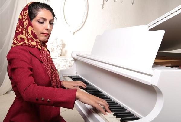 مدرس پیانو